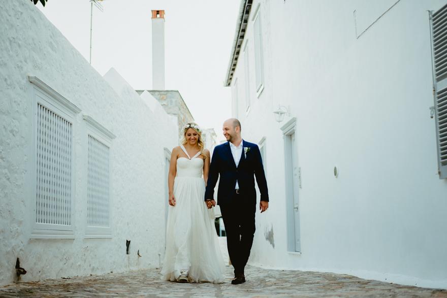 wedding portrait in hydra Island